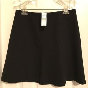 NEW! Black textured skirt